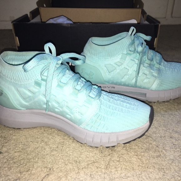 best sneakers deaab 662ec Under Armour Women's HOVR Phantom Running Shoes NWT